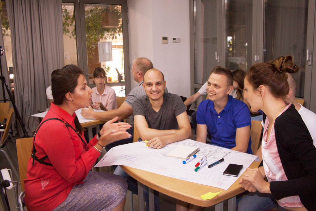 участники мастер-класса обсуждают риски