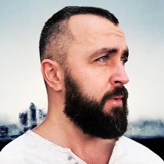 Алексей Гончар